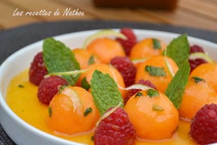 Recette de billes de melon caramélisées à la menthe et framboises ...