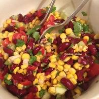 Recette de salade de maïs et haricots rouges à la mexicaine