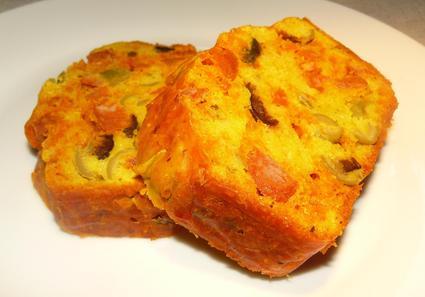Recette de cake au chorizo et aux olives