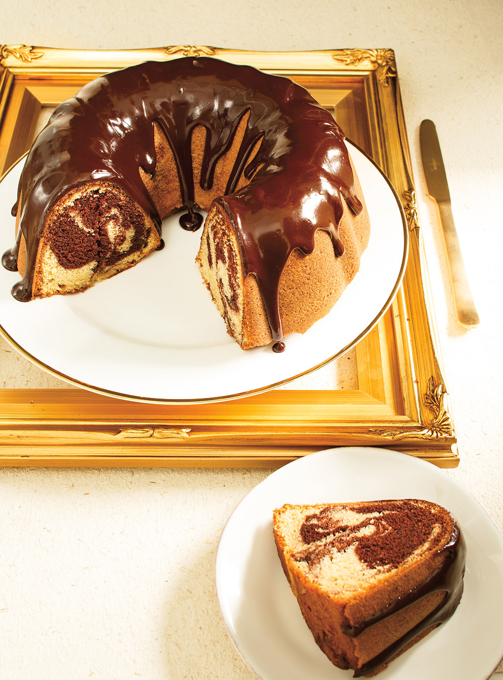 Gâteau bundt marbré au chocolat | ricardo