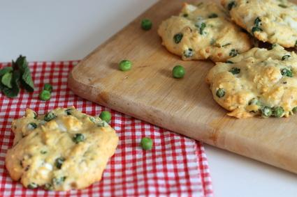 Recette de veggie cookies aux petits pois, fêta et menthe