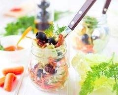 Recette salade jar aux olives, tomates séchées et mozzarella