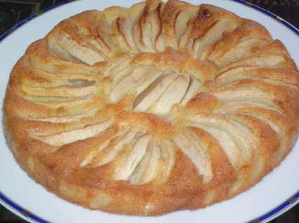 Recette de gâteau fondant aux pommes à l'ancienne
