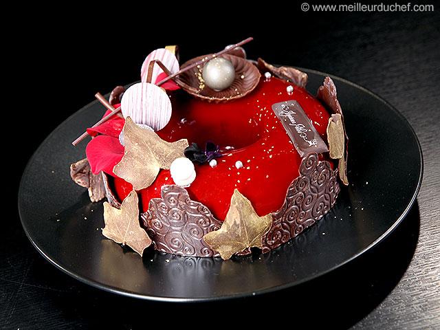 Couronne de noël au chocolat, cœur fruits rouges  la recette ...