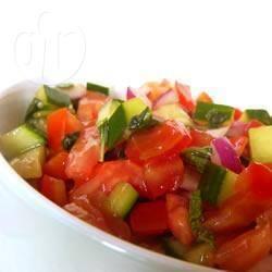 Recette salade de tomates et de concombres avec de la menthe ...