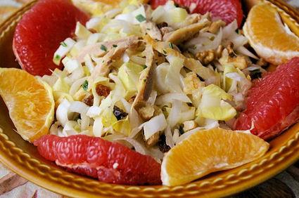 Recette de salade d'endives aux agrumes et au poulet