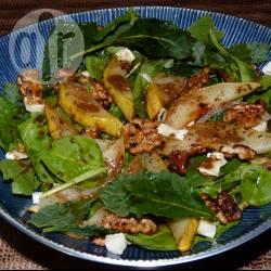 Recette salade à la poire et aux noix caramélisées – toutes les ...