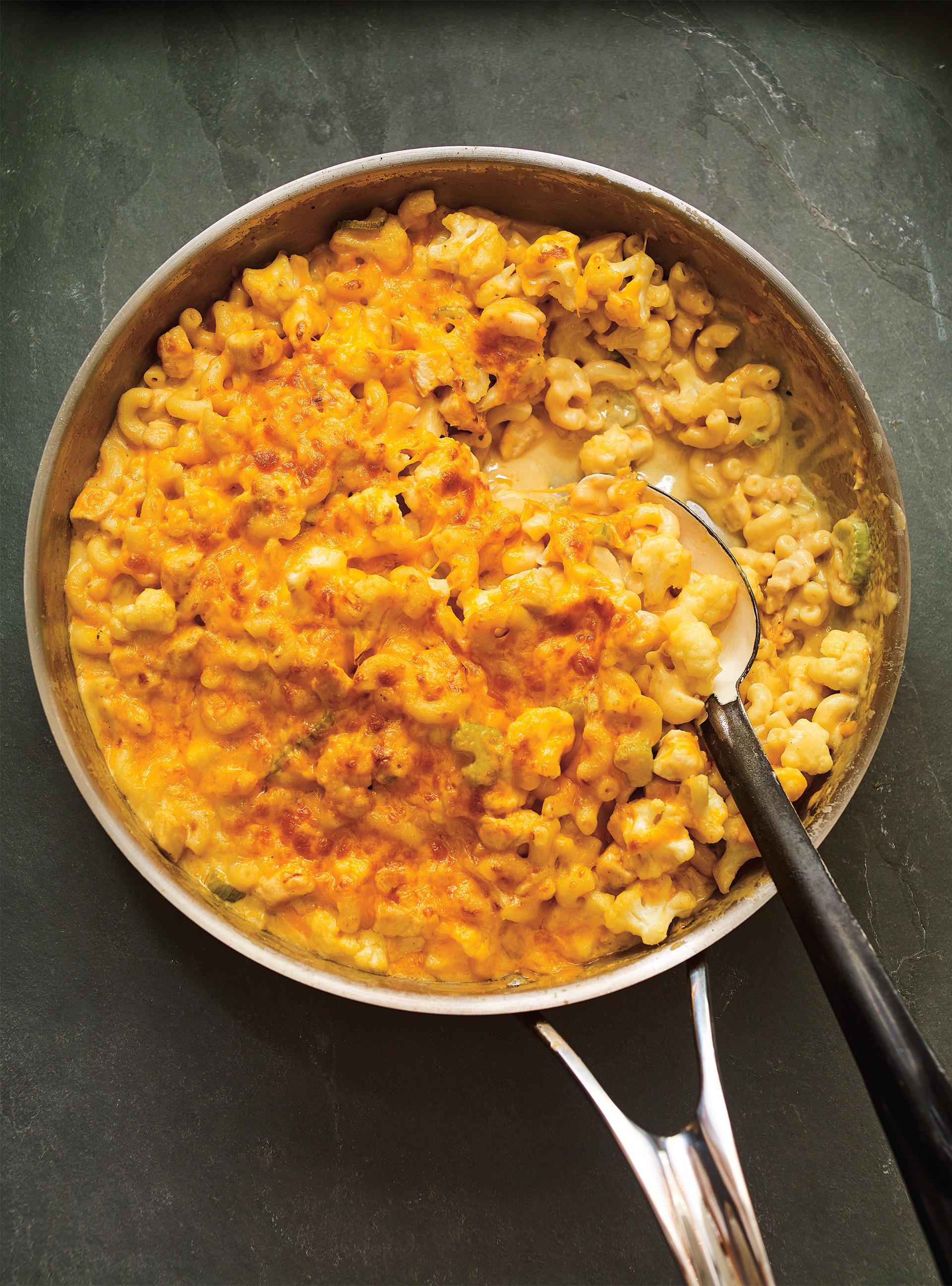 Mac'n cheese au poulet et au chou-fleur | ricardo