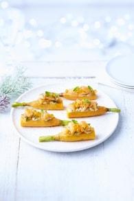 Recette de saumon de norvège mariné sur toasts de carottes