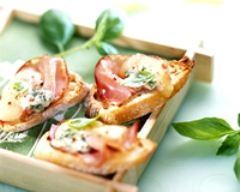 Recette toasts au bleu et au bacon