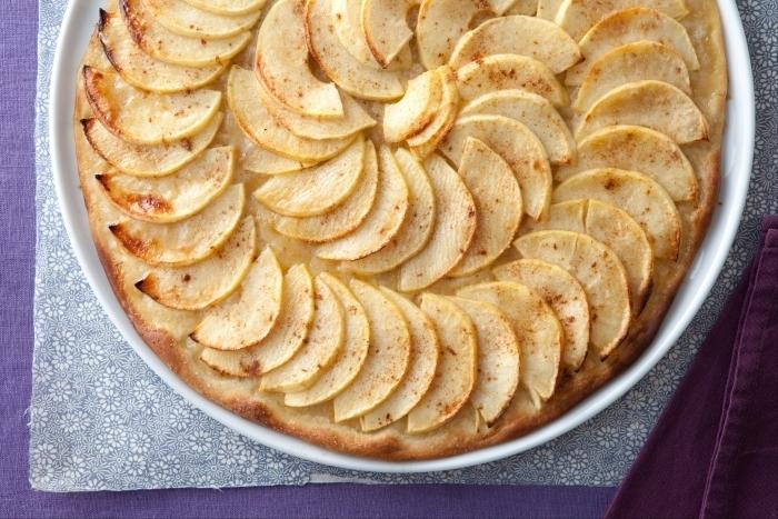 Recette de pizza pomme-cannelle facile et rapide