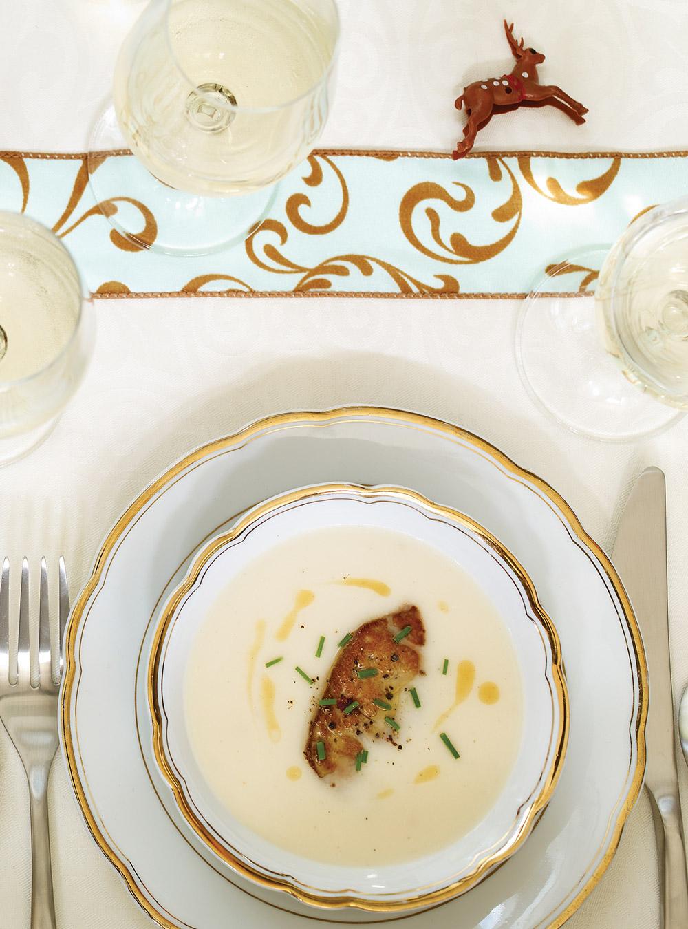 Crème de chou-fleur et foie gras | ricardo