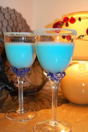 cocktail blue lagoon pour 1 personne recette. Black Bedroom Furniture Sets. Home Design Ideas
