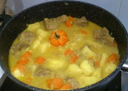 Recette de colombo de porc à l'orange et ananas