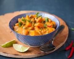 Recette curry aux patates douces et aux cacahuètes