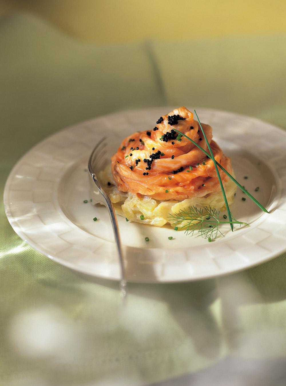 Rosaces de saumon sur fenouil à la crème | ricardo