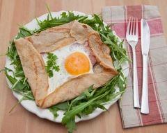 Recette galette de sarrasin complète œuf, jambon et gruyère