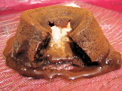 Recette de petit fondant au chocolat au lait coeur nougat