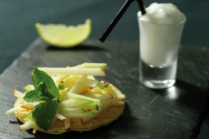 Recette de tarte fine aux pommes crues marinées façon mojito ...
