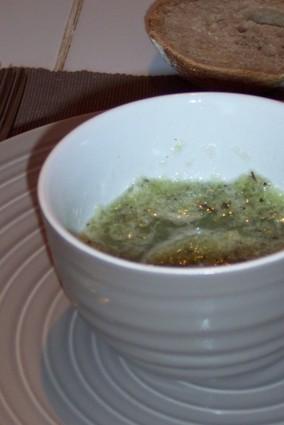 Verrines de gaspacho de concombre à la menthe forte