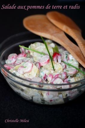 Recette de salade aux pommes de terre et radis
