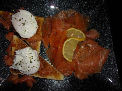 Recette de toast au saumon et oeuf poché