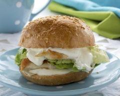 Recette burger au poulet pané et au fromage