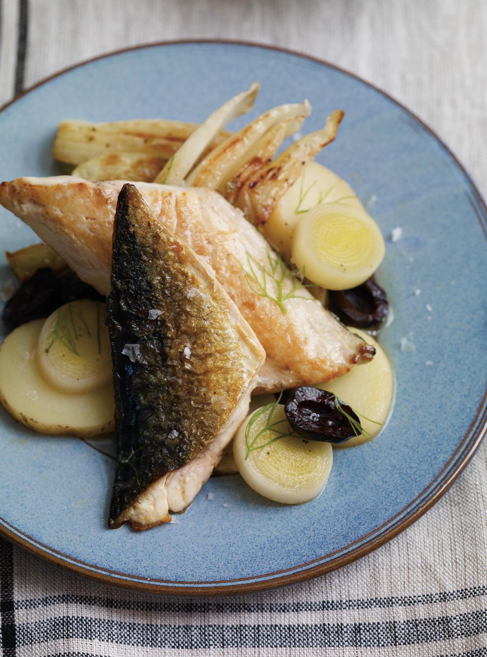 Maquereau au fenouil et pommes de terre aux olives | ricardo