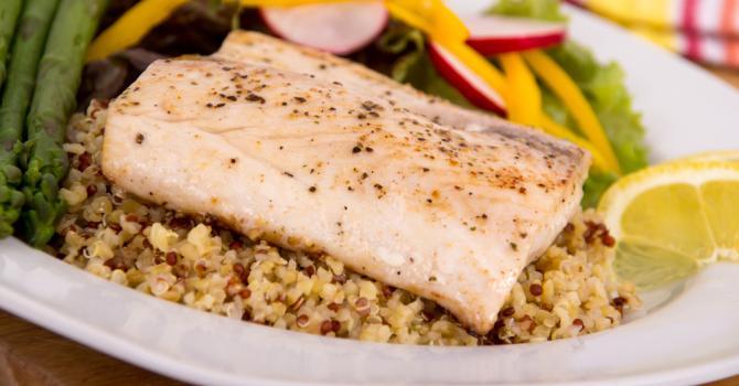 Recette de saumon à l'origan et au quinoa