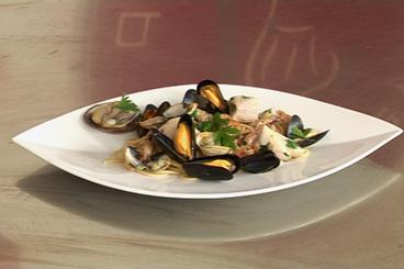 Recette de spaghetti au blé complet aux fruits de mer facile et rapide