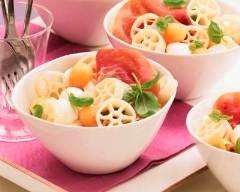 Recette salade de pâtes melon et mozzarella
