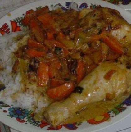 Recette de poulet coco aux oignons et carottes