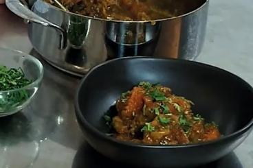 Recette de tajine d'agneau safran et cannelle (makfoul) facile