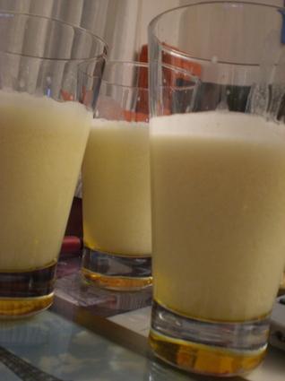 Recette de punch au jus d'ananas, orange et lait de coco