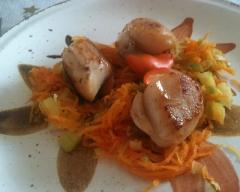 Recette coquilles saint-jacques à la fondue de carottes et de ...