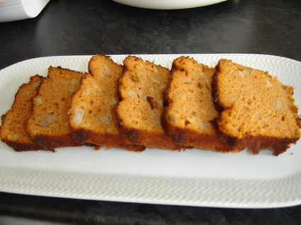 Recette de cake au thon, tomate et fromage