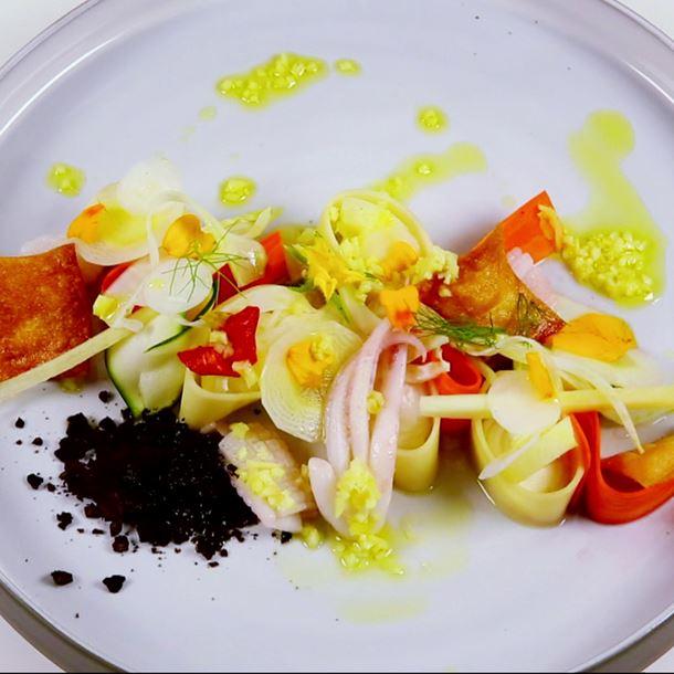 Recette cannelloni à la ricotta fumée, carottes en pickles, poudre d ...