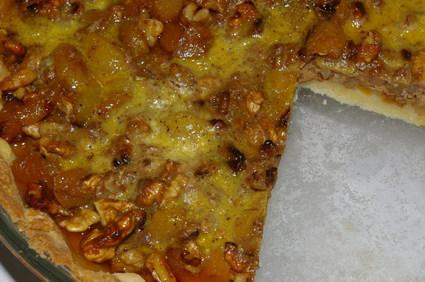 Tarte aux noix et aux abricots secs