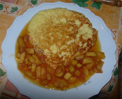 Recette omelette sucrée et pommes caramélisées
