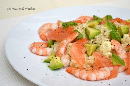 Risotto au saumon fumé, crevettes et avocat, feta et citron vert