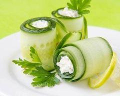 Recette roulés apéritifs au concombre et chèvre frais