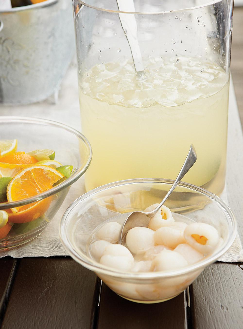 Cocktail de limonade, litchis et noix de coco | ricardo