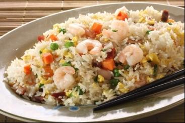 Recette de riz cantonais à l'huile de sésame facile et rapide