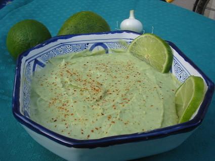 Recette de guacamole à l'oignon et piment de cayenne