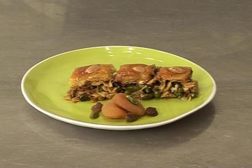 Recette de baklavas aux amandes et pistaches facile et rapide