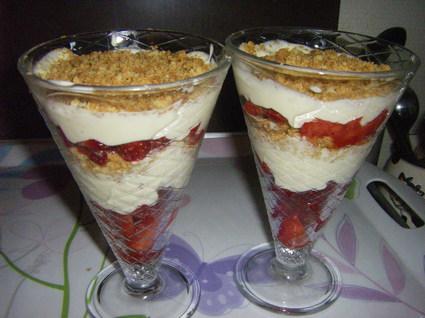 Recette de crumble aux fruits rouges à la crème de mascarpone