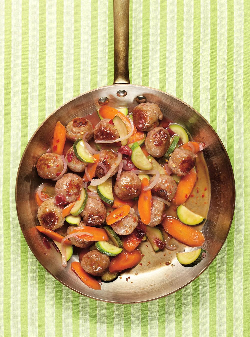 Boulettes de porc aigres-douces aux prunes | ricardo