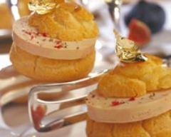 Recette profiteroles au foie gras et compotée de figues en feuille d'or