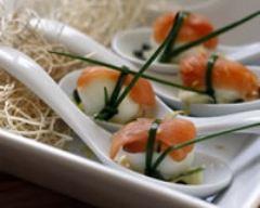 Recette œufs de caille au saumon fumé avec mayonnaise citronnée