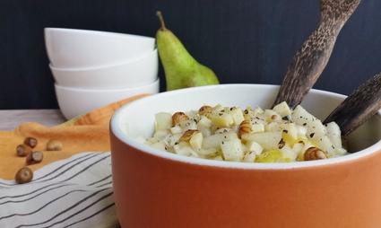 Recette de salade d'endives aux poires, noisettes et comté